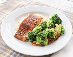salmon-broccoli
